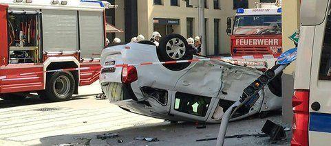 Pkw überschlug sich bei Unfall