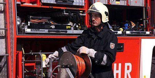 Brand in Favoriten: Frau verletzt - mehrere Bewohner evakuiert