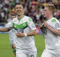 Wolfsburg nach 3:1-Sieg erstmals Pokal-Sieger
