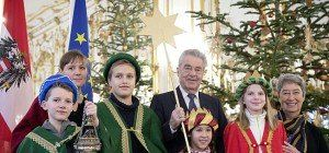 Sternsinger besuchen zum letzen Mal Bundespräsident Fischer in Wien
