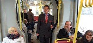 """Schlager-singender Wiener Bimfahrer """"Strassenbahn-Michl"""" im Interview"""