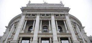 "Erneut ""Identitären""-Protest in Wien: Transparent am Burgtheater gehisst"