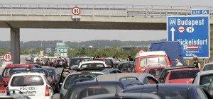 Starker Reiseverkehr am Mittwoch vor verlängertem Wochenende erwartet