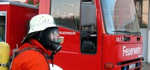 Zwei Verletzte nach Brand in Favoriten: Pensionist sprang über Balkon