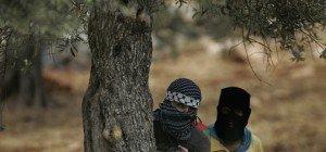 13-jähriges Mädchen von Palästinenser im Bett erstochen