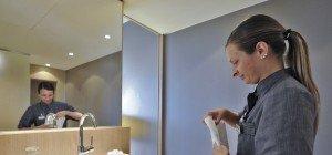 Schlapfen und Kosmetika aus Hotel mitnehmen: Eigentlich Diebstahl