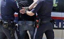 Festnahmeversuch am Gürtel: Polizisten verletzt