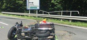 Biker stirbt bei Crash auf B158 in Koppl
