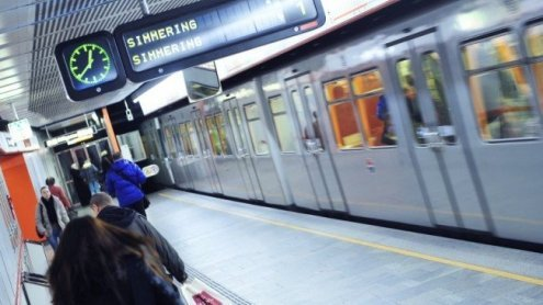 Versuchter Handyraub in Wiener U3-Station: Vater sah Fahndung