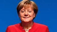 Merkel für Burka-Verbot und schärfere Asyl-Politik