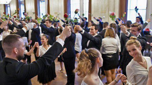 Opernball-Probe: Zielgeradefür die 144 Debütanten-Paare