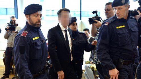 Nach Mordprozess gegen Banker: Ex-Frau Fall für die Dienstaufsicht