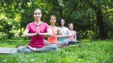 Yoga für Groß und Klein im Wiener Prater
