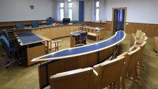 Vater und Stiefmutter erstochen: Urteil in NÖ