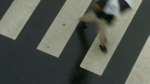 Fußgängerin in Wien-Favoriten von PKW erfasst: Schwer verletzt