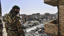 Kämpfe um letzte Gebiete in IS-Hochburg Raqqa