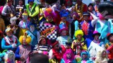Hunderte Clowns bringen Mexico City zum Lachen