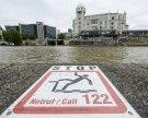 Rauferei mit 20 Beteiligten in der Wiener Innenstadt: Mann stürzt in Donaukanal
