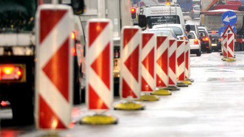 Liesing: Straßenbauarbeitenin der Altmannsdorfer Straße