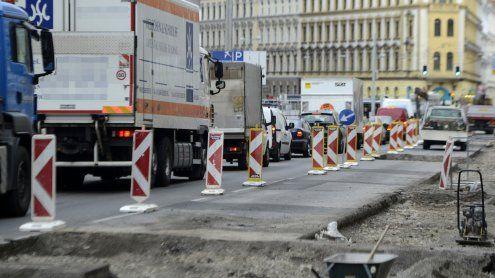 Wien-Penzing: Bauarbeiten in der Müller-Guttenbrunn-Straße