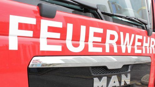 Vier Autos standen in Vollbrand