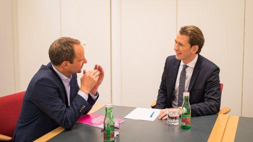 Sondierungsgespräche: Kurztraf sich mit NEOS-Chef Strolz