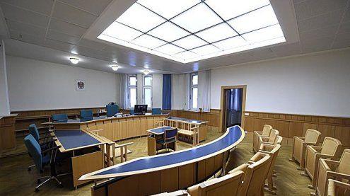 Mann erdrosselte Mutter: Prozess wegen Muttermordes in Wien