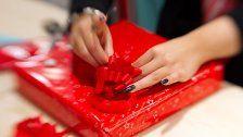Österreicher beschenken zu Weihnachten 6 Leute