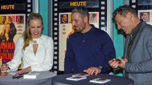 """""""Anna Fucking Molnar""""-Event mit Nina Proll im Village Cinema Wien"""