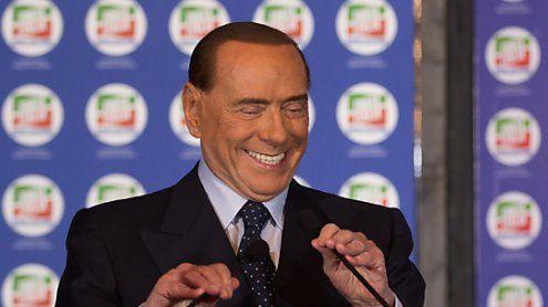 """Berlusconi: """"Wahrscheinlichwar Mussolini kein Diktator"""""""