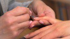 11 Tipps: So pflegt ihr eure Nägel richtig