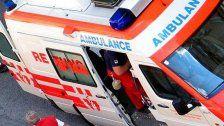 Mann bei Arbeitsunfall lebensgefährlich verletzt