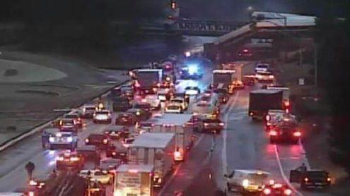 Tote und Verletzte nach Sturz von Waggon auf US-Autobahn