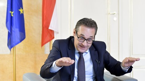 Strache setzt Personaleibsparung im Öffentlichen Dienst weiter fort