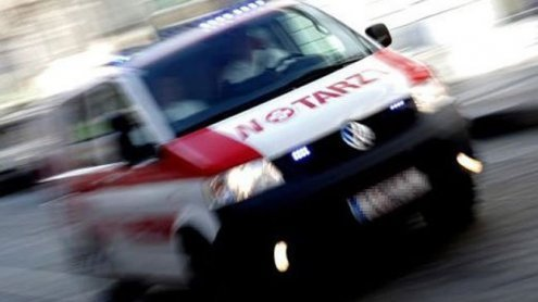 Unfall bei Kreuzung in Liesing: Fußgängerin von LKW überrollt