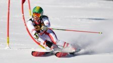Schweden gewann Ski-Team-Bewerb in Aare