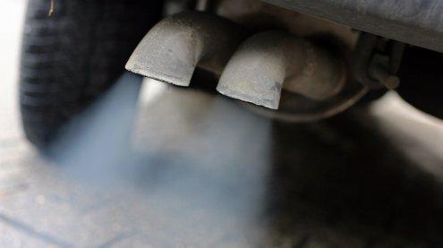 Dieb warf geklauten Katalysator bei Verfolgungsjagd aus Auto