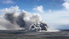Bis zu 3.000 Meter hohe Aschewolke über Vulkan